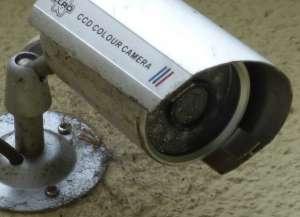 Przykład kamery IP z brudnym obiektywem.