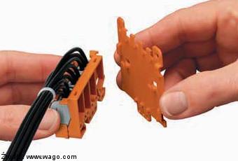 Sposób montażu płytki odciążającej 222-505 na adapterze 222-500 Wago